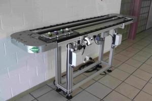 Paromat Längstransfersystem mit geführten Werkstückträgern